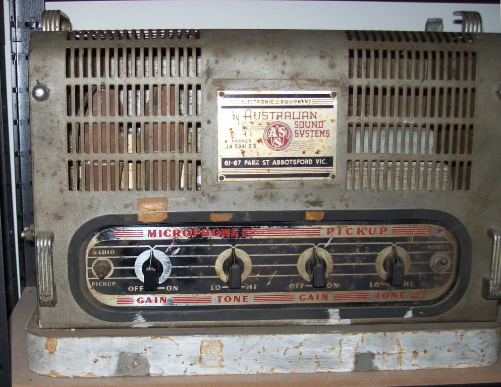 Australian Sound System Late 1940's 15 Watts Via 2x 6V6