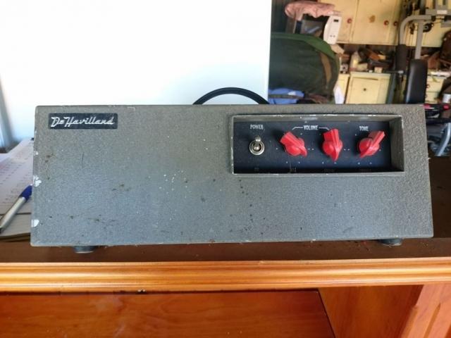 Dehaviland Battery Portable Early 1960's