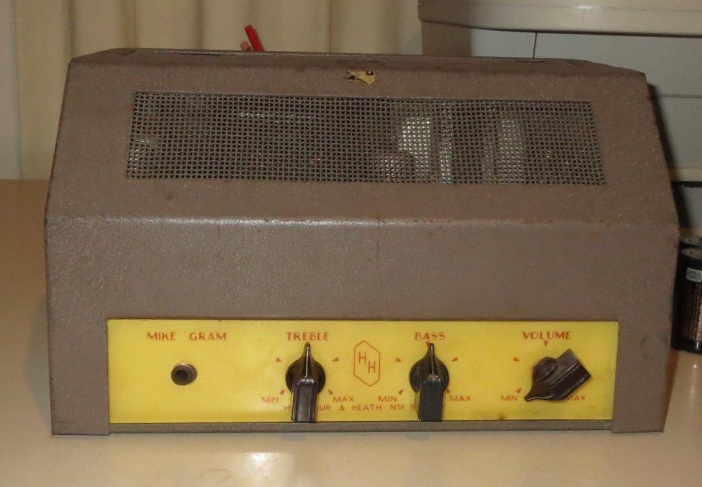 Harmour &  Heath Projector amp Late 1950's 10w Via 2 x 6M5