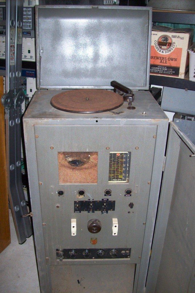 Philips 1948 System, 950 Amp 3052B Radio, 16w Via 2 x 6V6