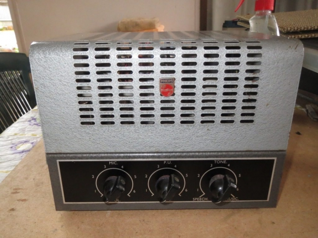 Philips 976B Late 1950's 8w Via 2 x 6M5
