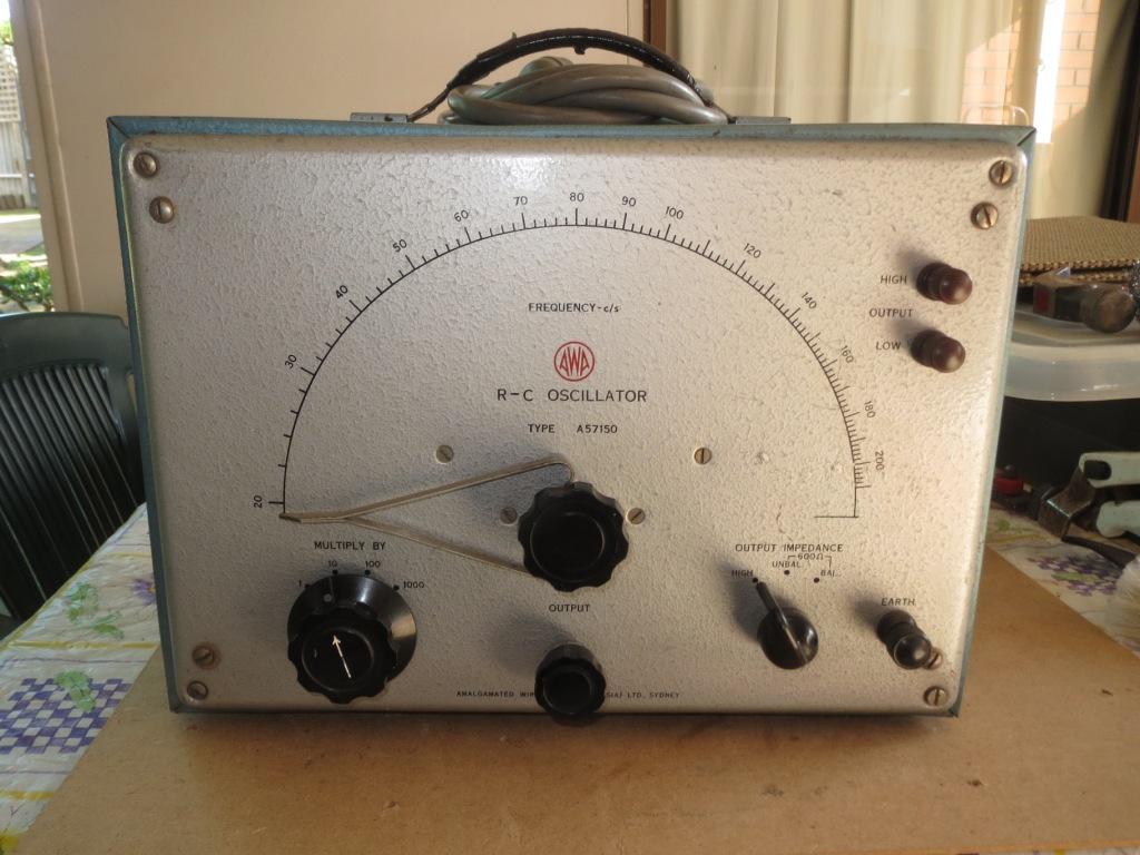 AWA RC Oscilator