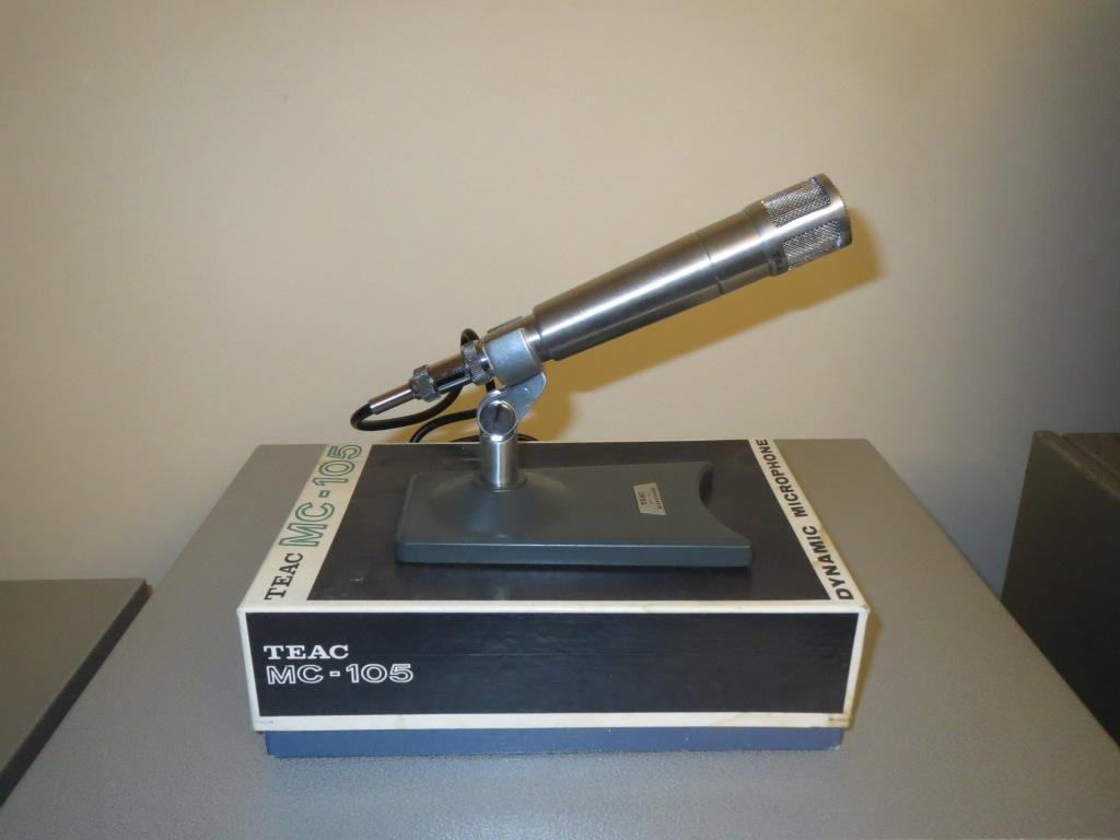 TEAK MC105