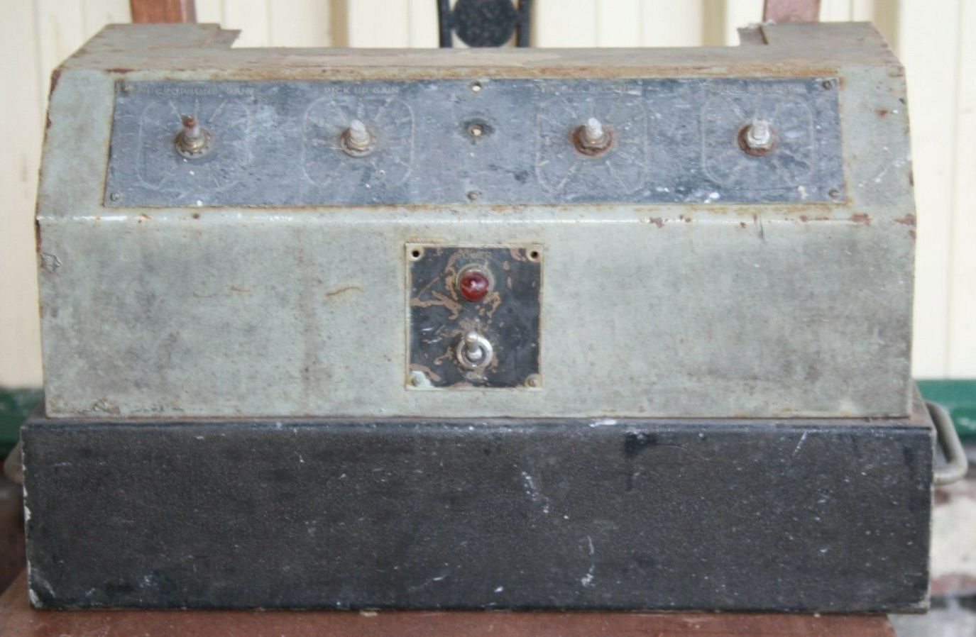 STC 2061R Amp (To Be Restored)